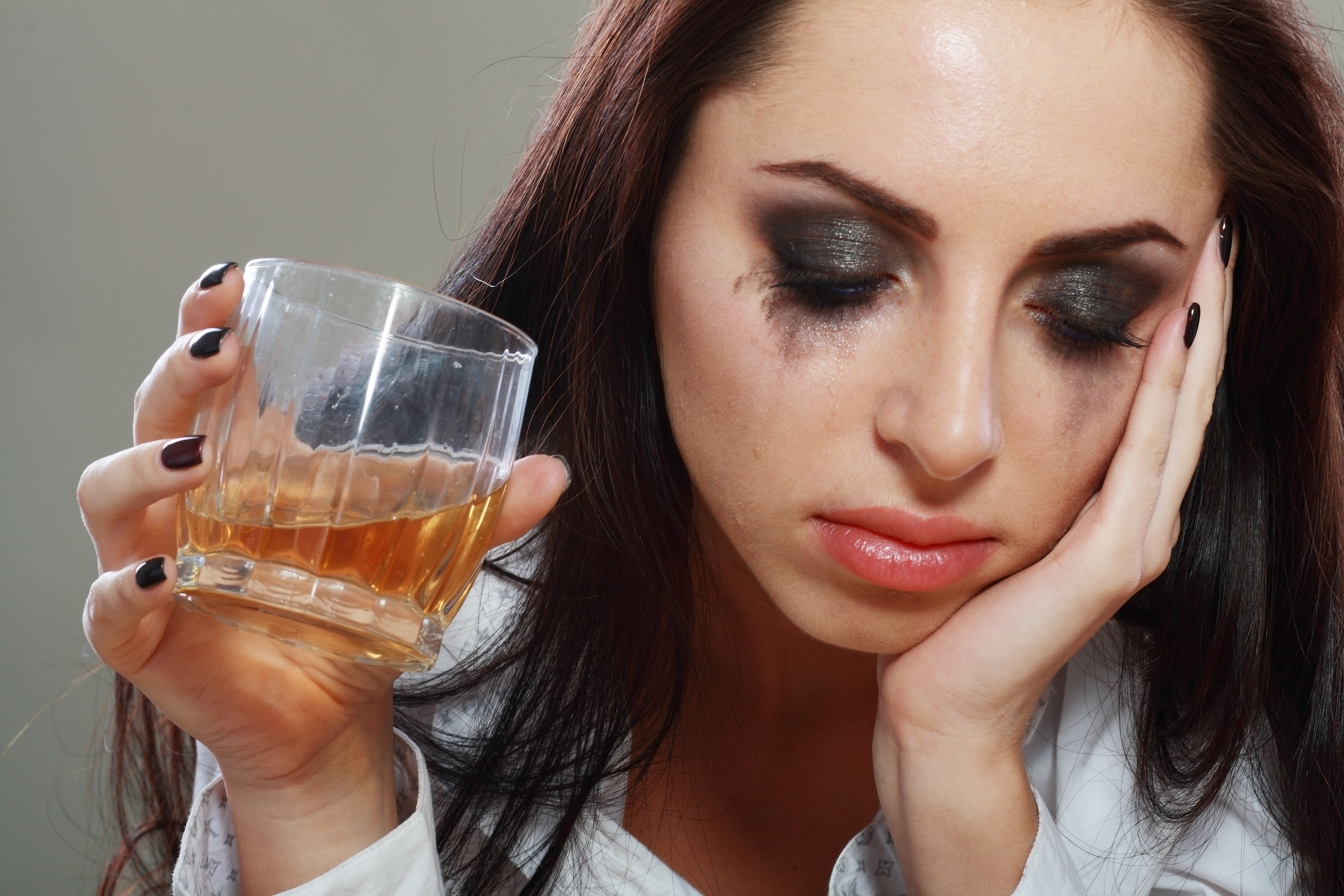 alcohol and depression There are people whose depression only manifests after they begin abusing  alcohol determining which problem came first is often the key to.